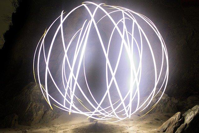 světelné pruhy.jpg