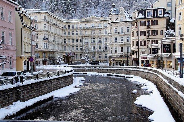 zima ve Varech