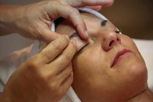 masáž očí